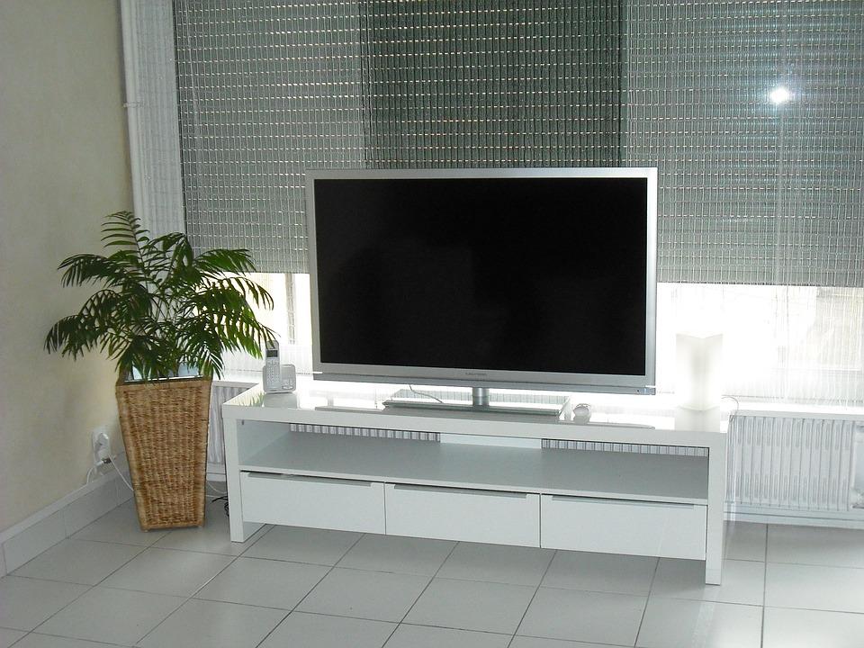 television-1226196_960_720