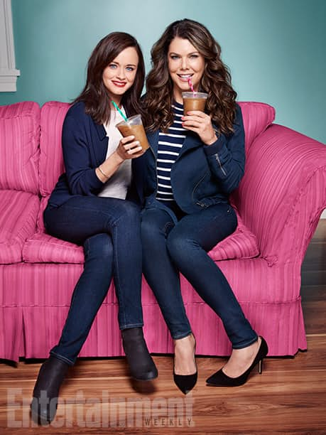 gilmore-girls-revival-images-rory-lorelei-coffee