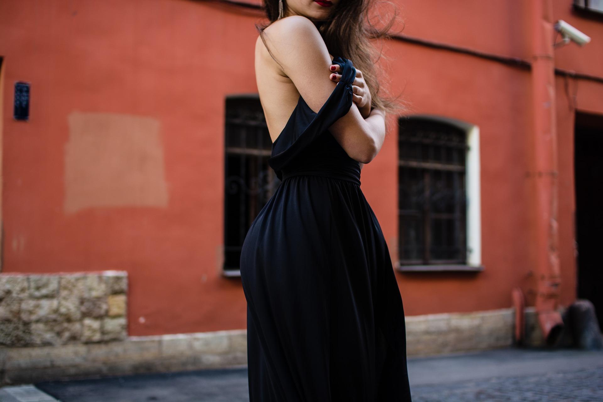 068195bfc0a Slušivá móda pro plnoštíhlé ženy  osvědčené rady a tipy - Trendy Žena