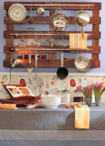 diy-pallet-furniture-ideas-for-kitchen-shelves